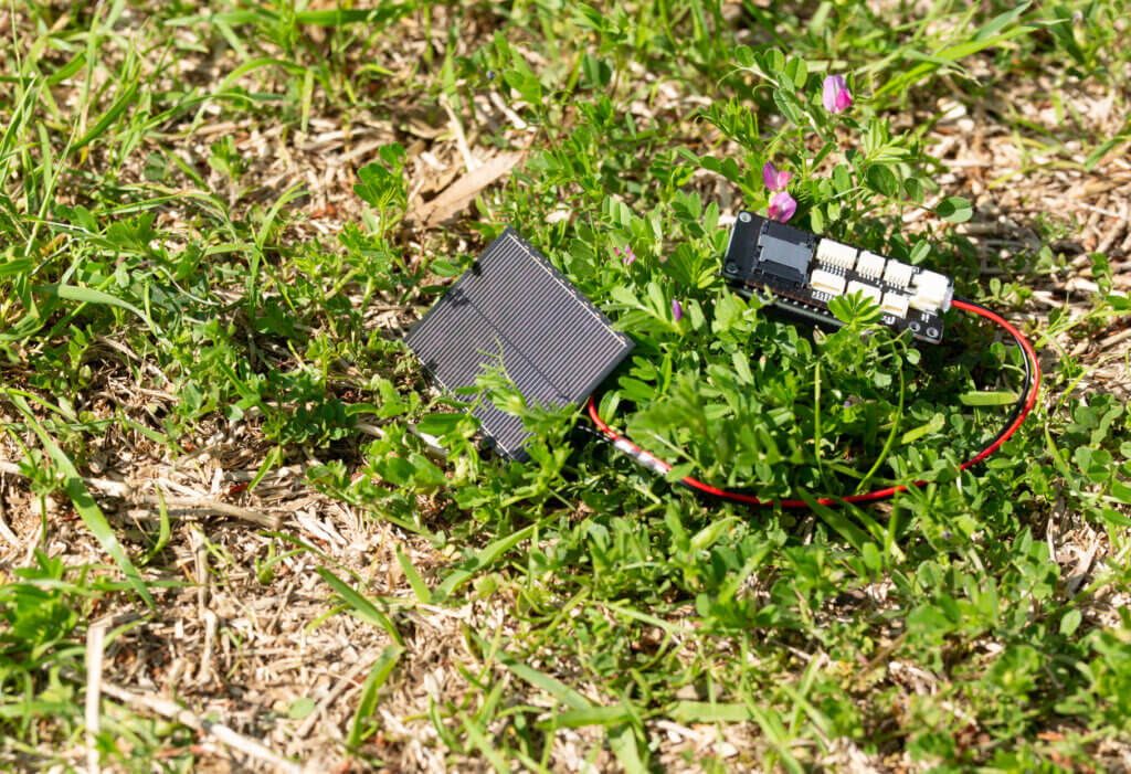 TINY EXPANSION BOARDと太陽電池